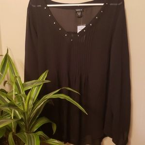 Torrid chiffon sheer pleated blouse w stud accents